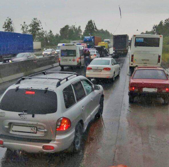 В ДТП с микроавтобусом у Ям-Ижоры погибла молодая девушка (3).jpg