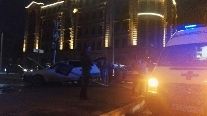 В ночном ДТП в центре Барнаула погибли два человека (1).jpg