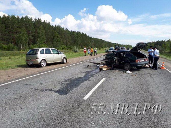 Два человека погибли в ДТП на трассе Омск – Черлак (2).jpg