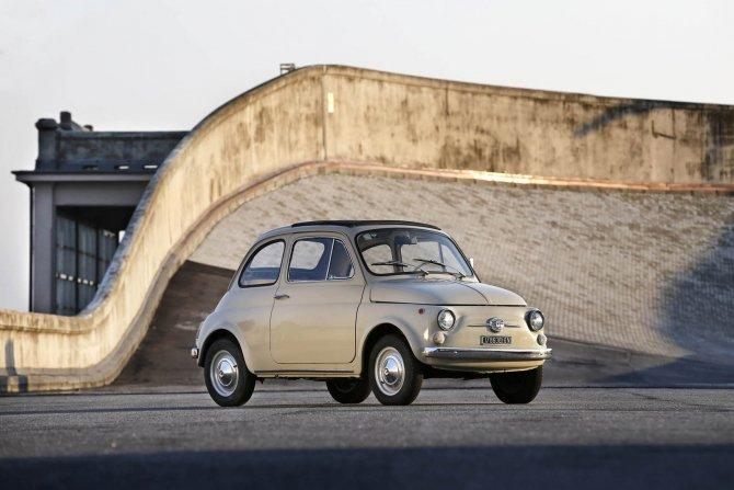 Fiat 500 назвали произведением искусства (1).jpg