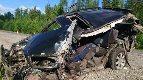 На трассе Тюмень – Ханты-Мансийск в ДТП с фурой погиб человек (1).jpg