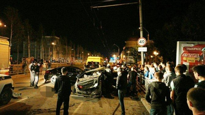 В ночном ДТП в центре Барнаула погибли два человека (3).jpg