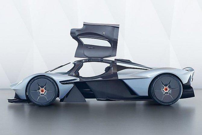 Aston Martin представили предсерийный гиперкар Valkyrie (4).jpg
