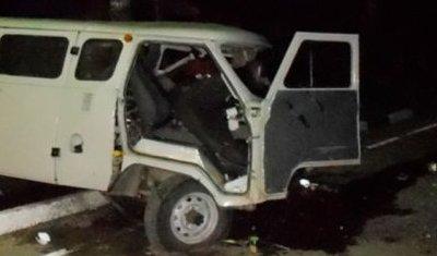 Два человека погибли в лобовом столкновении УАЗа и Audi под Брянском