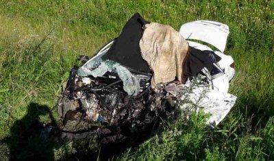 Четыре человека погибли в страшном ДТП с грузовиком под Самарой