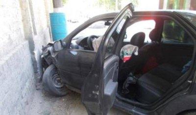 В Брянске в ДТП с такси пострадали женщина с ребенком