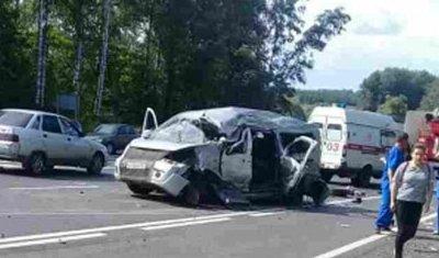 Три человека погибли в ДТП с грузовиком в Чувашии