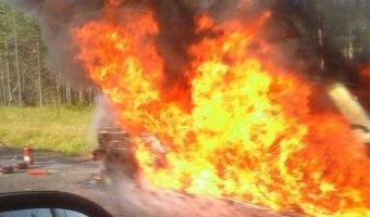 В ДТП в Санкт-Петербурге сгорел пенсионер