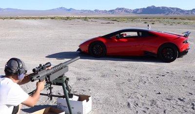 Блогер прострелил арбуз из пушки сквозь суперкар Lamborghini Huracan