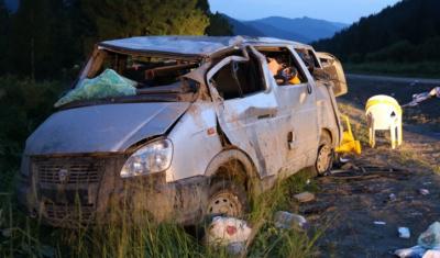 Двое взрослых и двое детей погибли в ДТП на Алтае