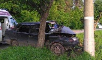 В Ижевске пьяный водитель врезался в столб