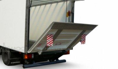 Грузоперевозки: как выбрать фургон для бизнеса?