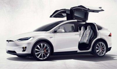 Tesla подготовили складные сидения для семиместной Model X