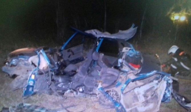 21-летний водитель ВАЗа погиб в ДТП с грузовиком в Башкирии (1).jpg