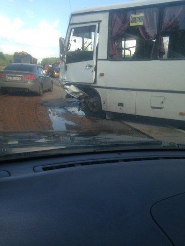 Два человека погибли в ДТП с автобусом в Марий Эл (2).jpg