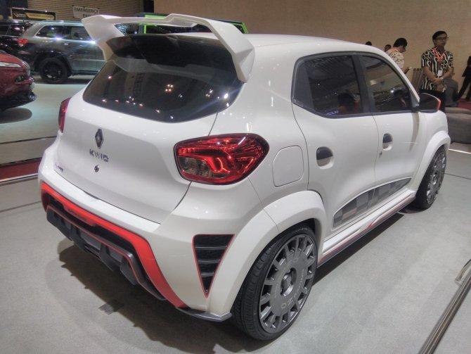 «Зверь-машина» экстремальный тюнинг Renault Kwid (4).jpg