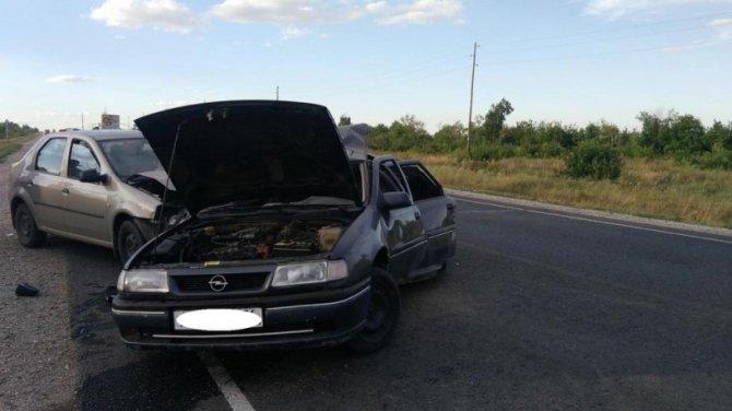 Три человека пострадали в тройном ДТП под Соль-Илецком (1).jpg