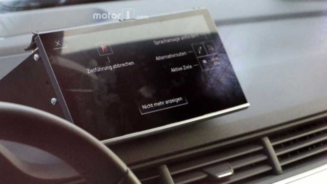Новый кроссовер Audi Q8 был замечен без камуфляжа (2).jpg
