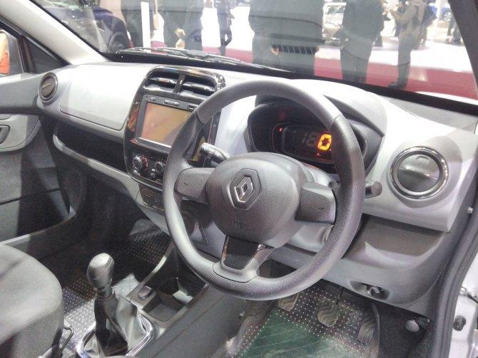 «Зверь-машина» экстремальный тюнинг Renault Kwid (2).jpg