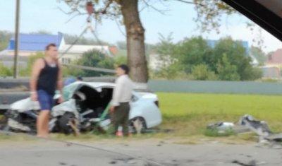 Два человека погибли в лобовом ДТП в Армавире