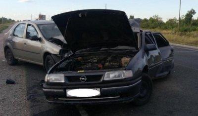 Три человека пострадали в тройном ДТП под Соль-Илецком