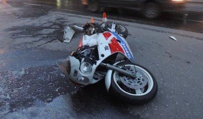 Мотоциклист погиб в ДТП с автомобилем в Соколе