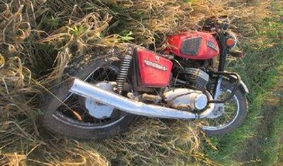 Пьяный автомобилист сбил мотоцикл в Рязанской области: погиб подросток