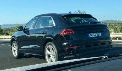 Новый кроссовер Audi Q8 был замечен без камуфляжа