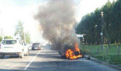 В Иванове мотоциклист чудом успел спрыгнуть с загоревшегося мотоцикла