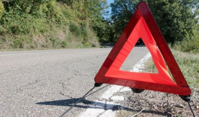 Мотоциклист погиб в тройном ДТП в Ростовской области