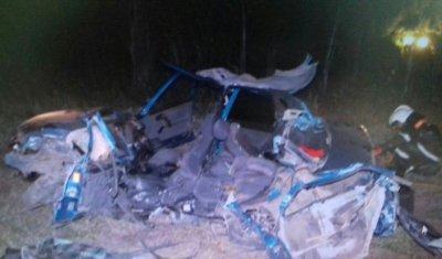 21-летний водитель ВАЗа погиб в ДТП с грузовиком в Башкирии