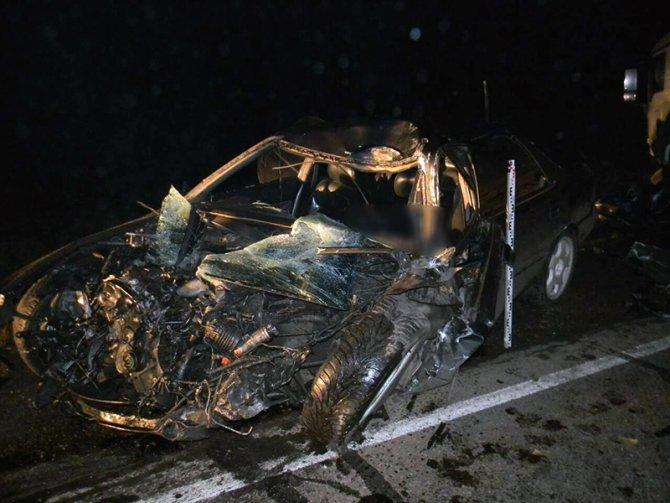Водитель иномарки погиб в ДТП в Нижнеудинском районе Иркутской области (2).jpg