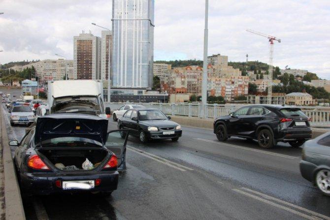 Два человека пострадали в массовом ДТП на мосту «Саратов – Энгельс» (5).jpg