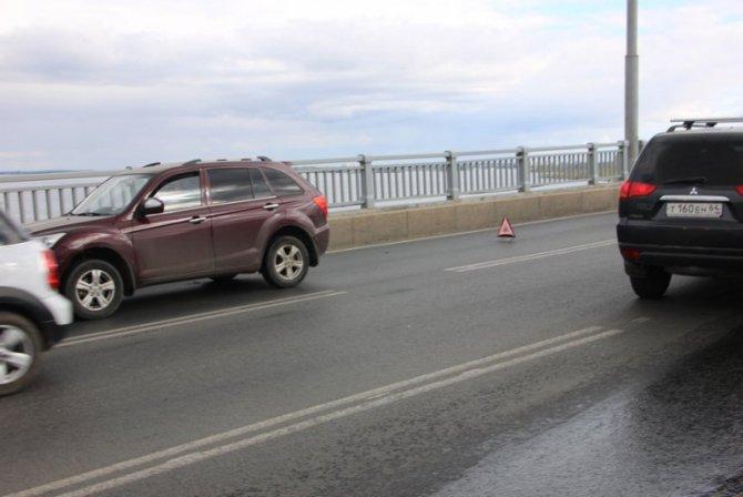 Два человека пострадали в массовом ДТП на мосту «Саратов – Энгельс» (10).jpg