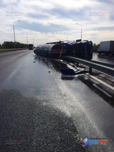 2-летний ребенок погиб в ДТП с бензовозом под Ростовом (3).jpg