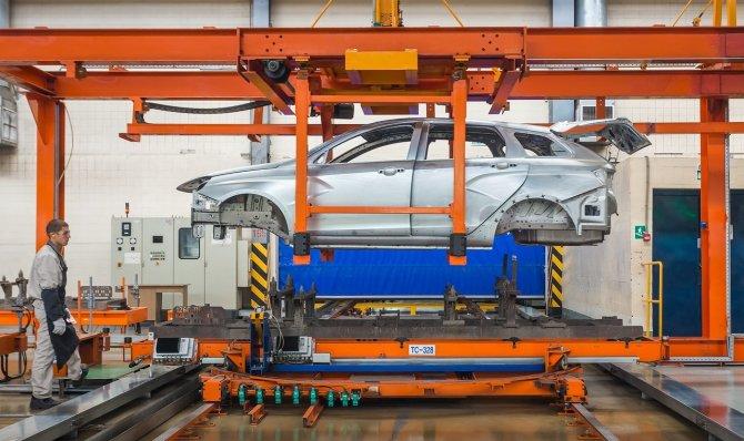 11 сентбяря 2017 г. стартовало производство LADA Vesta SW и LADA Vesta SW Cross 4.jpg