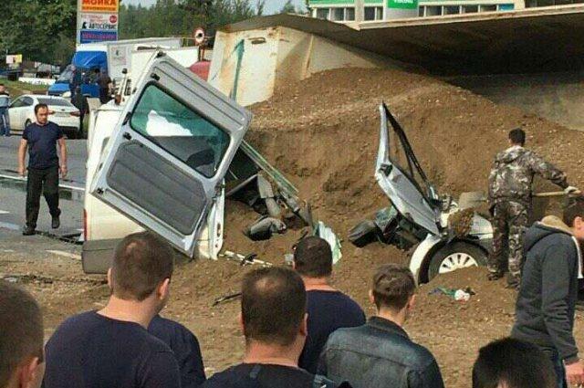 Два человека погибли при столкновении 6 автомобилей во Владимире (6).jpg