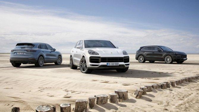 Porsche Cayenne Turbo варианты интерьера.jpg