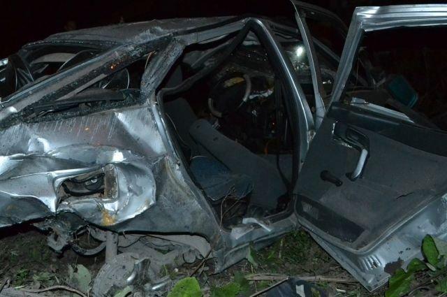 В Ачинске подростки разбились на трассе – погиб 16-летний парень (2).jpg