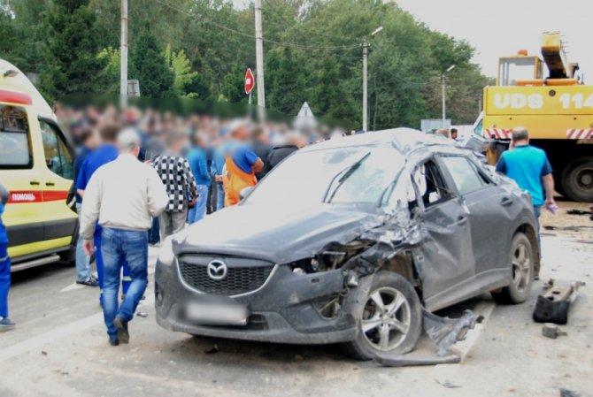 Два человека погибли при столкновении 6 автомобилей во Владимире (5).JPG