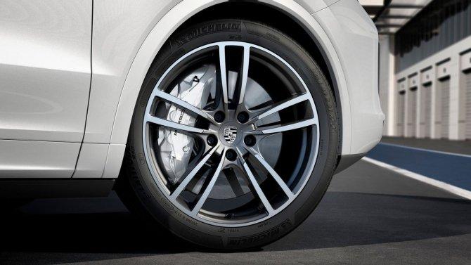 Porsche Cayenne Turbo колесные диски.jpg
