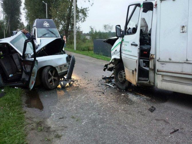 Водитель Audi погиб в лобовом ДТП в Калининградской области (3).jpg