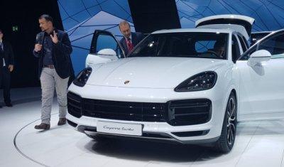Цены на Porsche Cayenne Turbo в России объявят в начале 2018 года