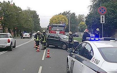 В Риге автомобиль врезался в группу дошкольников