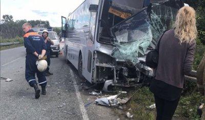 Три человека погибли в ДТП с автобусом в Приморье