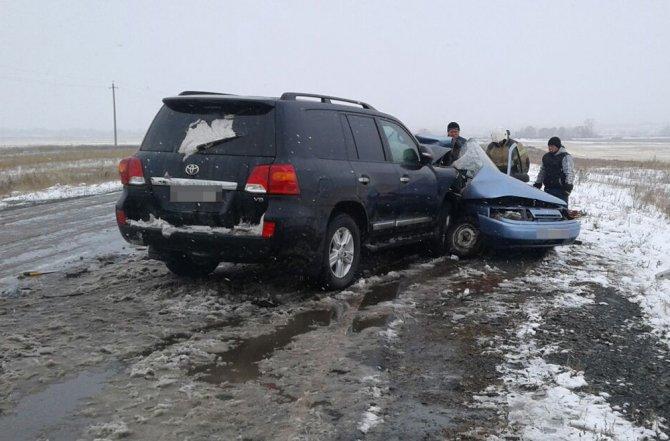 Три человека из ВАЗа погибли в ДТП на трассе в Башкирии (4)