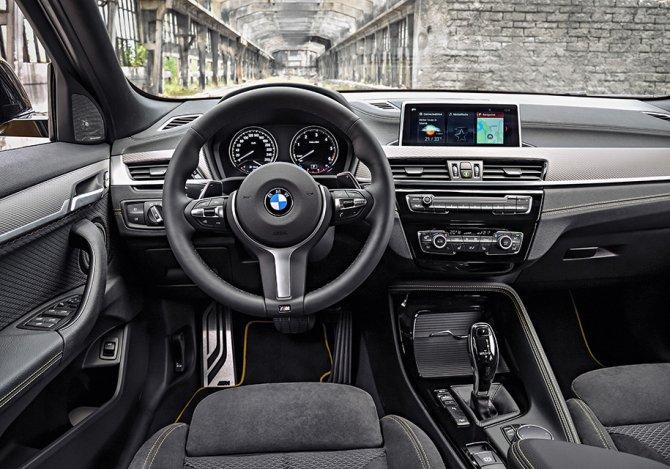 BMW X2 салон