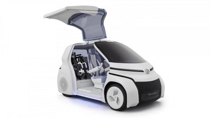 Toyota представила маленький электрический ситикар для инвалидов (1)