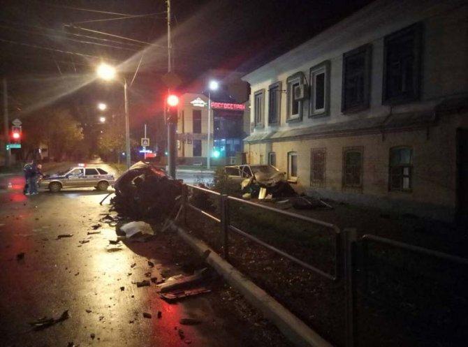 В ночном ДТП в Оренбурге погибла 25-летняя девушка (1)