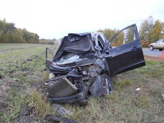 Водитель иномарки погиб в ДТП в Тамбовской области (2).jpg